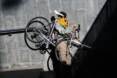La bicyclette en bandoulire! (dominiquita52) Tags: tube stairs warsaw mobile bike velo metro