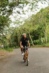 關西.老包爬坡中 (nk@flickr) Tags: bobby taiwan 新竹 friend cycling 台湾 志明 20161105 台灣 guanxi hsinchu 關西 canonefm22mmf2stm