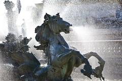 Brumisateur (Gerard Hermand) Tags: 1609064281 gerardhermand france bordeaux canon eos5dmarkii formatpaysage fontaine fountain monumentauxgirondins statue sculpture eau water bronze cheval horse