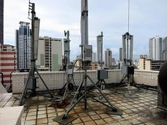 Antennas and Highrises (Harri Suvisalmi) Tags: binondo manila philippines chinatown rooftop antenna antennas telecommunications telco nokia canon powershot s110 communications