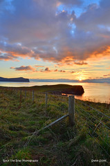 Hebridean sunset at Waternish signed (Scottsail) Tags: scottsail skye scotland waternish trumpan hebrides concordians