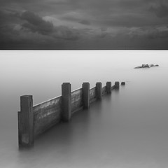 Defender (paulantony2) Tags: seascape groyne sea longexposure coast seafront 10stop