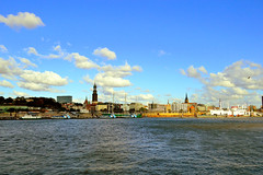 Hamburg (Germany) (jens_helmecke) Tags: water elbe flus river hamburg stadt hafenstadt city nikon jens helmecke deutschland germany