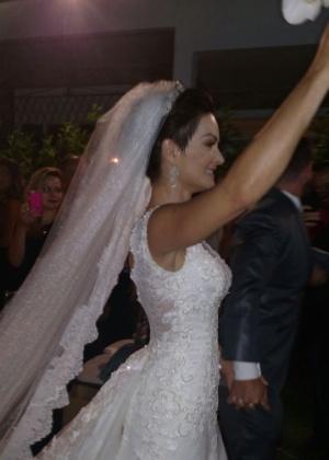 Laura Keller e Jorge Sousa se casam no Rio
