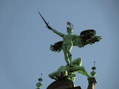 Angel - Engel (eckbert.sachse) Tags: 2016 hamburg rathaus townhall germany deutschland freeandhansatownofhamburg freieundhansestadthamburg bronze figur figure
