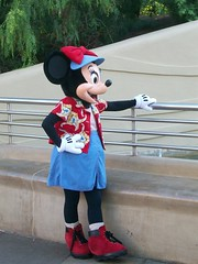 Minnie Mouse (artofjonacuna) Tags: california mouse disneyland adventure minnie