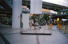 IMG_20150823_0022_s (Aomperture) Tags: street leica zeiss bangkok leicam3 bangkokstreet zeissbiogon35mmf2