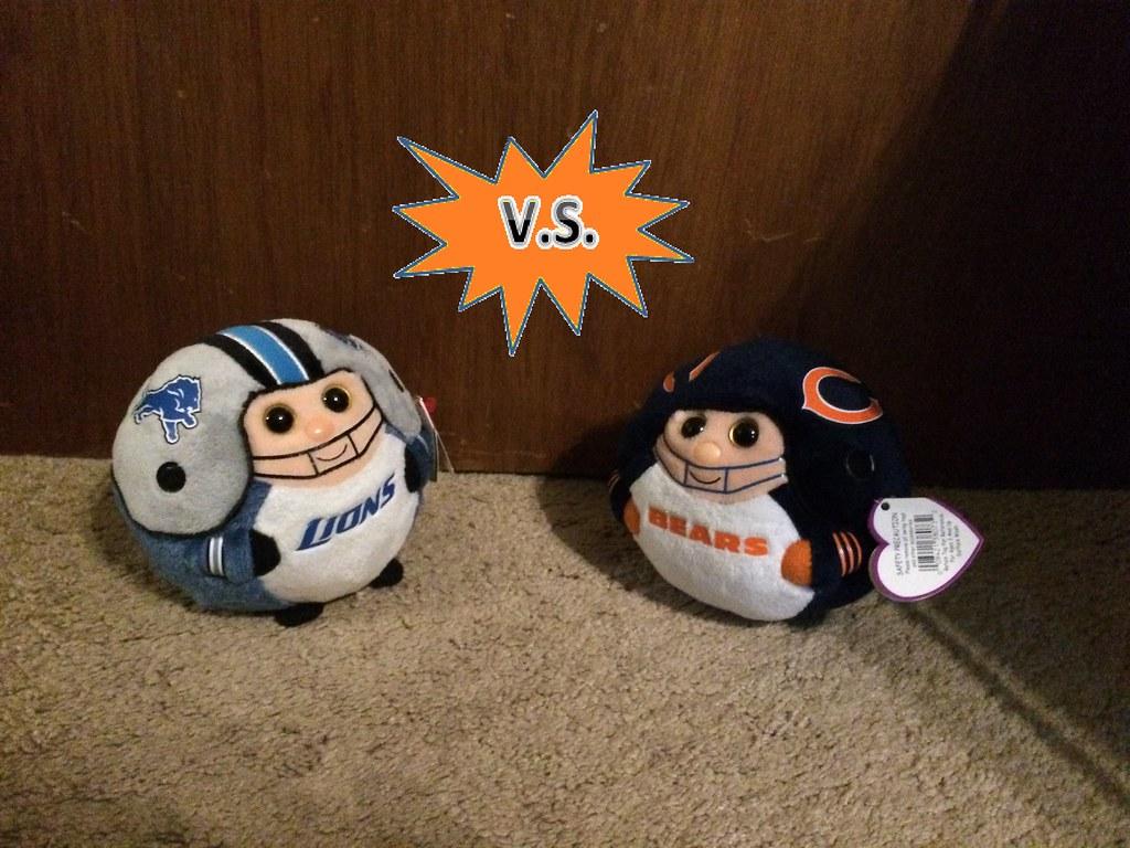 080a3b165 Lions vs Bears (Beanies and Webkinz 457) Tags  chicago bears nfl detroit  lions. Vikings ...