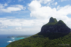 20151029-15-Mt Lidgbird from Mt Gower (Roger T Wong) Tags: trek outdoors island walk australia hike nsw newsouthwales bushwalk tramp lordhoweisland lordhowe 2015 mtgower mtlidgbird sony2470 rogertwong sel2470z sonyfe2470mmf4zaosscarlzeissvariotessart sonya7ii sonyilce7m2 sonyalpha7ii