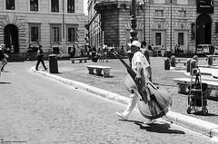 Rome Italy - La música camina todos los días por las calles de Roma (Zamana Underground) Tags: