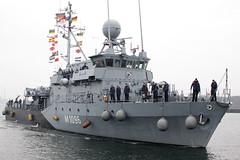 Einlaufen MJB PASSAU aus UNIFIL (Offizieller Auftritt der Bundeswehr) Tags: deutschland marine un kiel schleswigholstein passau bundeswehr minensuchgeschwader kommandant unifil marinesttzpunkt kommandeur minenjagdboot kapitnleutnant m1096 fregattenkapitn einsatzflottille1