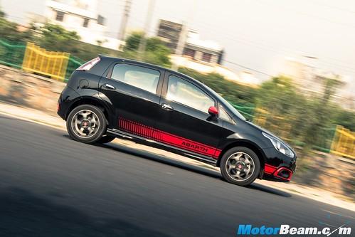 Fiat-Abarth-Punto-12
