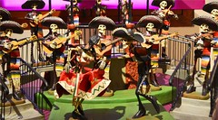 muertos (elwandajo) Tags: party art museum mexicana de mexico death los day fiesta hand arte dia altar muerte made mexican blanca fina muertos palomas tradition calaveras catrina zocalo artesania altares calacas museos aromas palida pelona pelonas tradiion