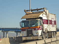 Edco Truck 12-1-15 (Photo Nut 2011) Tags: california trash garbage junk sandiego waste refuse sanitation 602 coronadobridge garbagetruck trashtruck wastedisposal edco