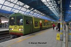 8614+8613 at Pearse, 5/12/15 (hurricanemk1c) Tags: dublin irish train rail railway trains railways dart irishrail pearse 2015 iarnród 8614 éireann iarnródéireann tokyucarcorp 1204malahidegreystones class8510