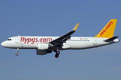 Pegasus A320-214 TC-DCB BCN 13/12/2015 (jordi757) Tags: barcelona nikon pegasus airplanes bcn airbus a320 avions d300 elprat a320200 lebl tcdcb