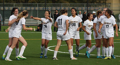 BM20151205-027.jpg (Menlo Photo Bank) Tags: ca girls people favorite usa game fall sports students field us emily soccer event atherton upperschool 2015 largegroup menloschool photobybillmcfarland