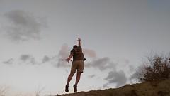 Soador (jumaro41) Tags: soador iluso divertido salto luna atardecer cielo sky life libre mountain monte montaa nature naturaleza nubes n