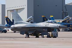 United States Air Force General Dynamics F-16C Falcon 91-0376 (jbp274) Tags: nkx knkx mcasmiramar miramar airport airplanes airshow military unitedstatesairforce usaf generaldynamics f16 falcon fightingfalcon