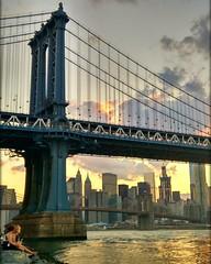 Brooklyn bridge (boni_villasirga) Tags: instagramapp square squareformat iphoneography uploaded:by=instagram ny nyc newyork newyorkcity brooklyng brooklyngbridge usa unitedstates estadosunidos landscape paisaje paisajeurbano sunset dawn urbanlandscape urban urbano newyorkskyline nyskyline skyline manhattan colorsinourworld pixlr