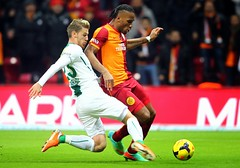 (RerereRarara) Tags: galatasaray bursaspor cimbom gs sper lig 20132014 football futbol didier drogba serdar aziz