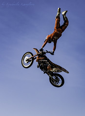 Massimo Byankonchini (Lyutik966) Tags: massimobyankonchini fmx motofreestyle rider athlete sportsman extreme sport flight bike trick sky festival moscow luzhniki