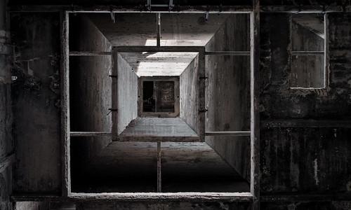 """le mystère de la chambre noire • <a style=""""font-size:0.8em;"""" href=""""http://www.flickr.com/photos/88042144@N05/31242510166/"""" target=""""_blank"""">View on Flickr</a>"""