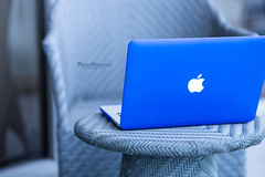 Macbook Pro Retina (mahernaamani) Tags: blue love apple canon cool laptop applestore pro electronic inlove retina 6d   mytoy macbook       canon6d