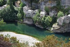 Au bord de l'eau (mchoanier) Tags: nature de village au du gorge tarn bord leau steminie