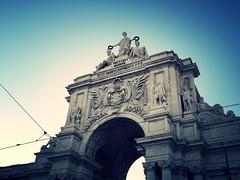 triumph (brunolabs) Tags: portugal arch lisboa lisbon tram sit augusta heroes rua portuguese arco vt triumphal virtvtibvs maiorvm omnibvs docvmentoppd