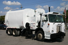 99 WX64 Mcneilus AutoReach (Scott (tm242)) Tags: trash dumpster truck garbage side debris rear disposal front bin collection rubbish trucks fl waste refuse recycle loader removal recycling load hopper collect packer rl haul asl msl