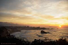 Sunset on Biarritz (2) (alǝxH3o) Tags: sunset landscape beach aquitaine france europe biarritz sea seascape dsc03436co dsc03436cowm sonya7 sonya7m2 sonya7ii ilce7m2 minoltaaf35105mmf3545 beercan