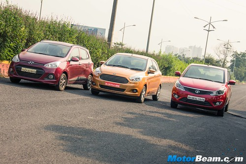 2015-Ford-Figo-vs-Maruti-Swift-vs-Hyundai-Grand-i10-vs-Tata-Bolt-16