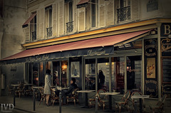 Le Bistro Saint Andr (JvD_Photographie) Tags: street old city travel paris france canon vintage french cafe frankreich holidays europa urlaub bistro nicepic
