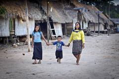 (PawelBienkowski) Tags: peru amazon tribe perupeople amazontribe amazontribes peruvillage perutribes