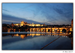 Prague (© Marco Antonio Soler ) Tags: nikon d80 jpg hdr iso prague praga republica checa chequia cz nocturna noche night puente bridge reflejos reflections 2016 16 viaje holidays