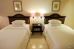 Double beds (A. Wee) Tags: sheraton  yogyakarta indonesia  mustika resort hotel  spg bedroom