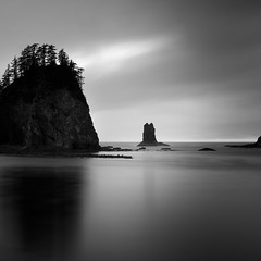 Drizzly Day At The Coast (panfot_O (Bernd Walz)) Tags: rock rocks beach sea seascape water waterscape haystackrocks lapush oregon ocean longexposure blackandwhite bw monochrome square fineart contemplation silence calm rain