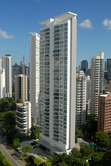 Img507227nx2 (veryamateurish) Tags: singapore orangegroveroad shangrilahotel view