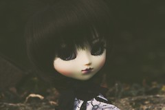 Enchanteresse. (Avah Andersen) Tags: pullip mir fc full custo custom galaxy eyes eyechips black wig purple lips