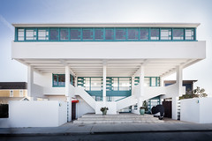 Lovell Beach House (Chimay Bleue) Tags: schindler balboa peninsula lovell health house beach architecture design newport modernism