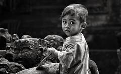 Tenganan Child - Bali (André Schönherr) Tags: 40d visionhunter child kind monochrome bw bali tenganan