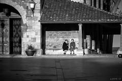Charlas al sol (Jaime GF) Tags: bn bw women señoras church iglesia luanco gozón asturias spain nikon d40