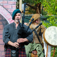 Bagpipes (Kevin MG) Tags: usa ca ventura simivalley nottinghamfestival nottingham festival renaissance costume performers performance dancers dance music musician man bagpipes