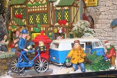 Postman (jerry_springberg) Tags: kerstmis noel navidad natale weihnachten christmas xmas jul karácsony natal joulu рождество коледа gwiazdka nadolig クリスマス sarcalogos jól xριστούγεννα jerryspringberg kristnasko krismasi chrëschtdag nadal рождествохристово 圣诞节 聖誕節 kersfees jerryschristmas