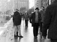Through time_C040347 (XCastrillo) Tags: bw calle street tiempo gente people gijn