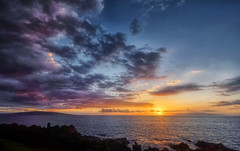 Sunset at Maui (marko.erman) Tags: sunset magical maui hawaii usa unitedstates archipel islands horizon sea ocean pacific reflections sun clouds colors orange yellow romantic sony serene serenity beautiful landscape panorama nature seascape beach wailea kahoolawe lanai travel popular pov