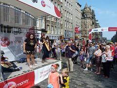 Edinburgh Fringe Festival 2015 (8) (Royan@Flickr) Tags: street costumes festival actors high edinburgh royal fringe entertainment international acting singers performers mile 2015 20150813