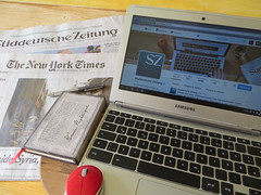 Sueddeutsche Zeitung (Frizztext) Tags: new york news newspaper samsung times author newyorktimes zeitung sz sueddeutsche sddeutschezeitung twitter frizztext chromebook