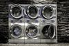 Eines Abends im Waschsalon.... (Martin.Matyas) Tags: tod waschsalon wäsche kleidung waschen waschmaschine gefangen reinigen schleudern